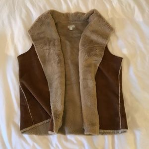 Sherpa Fuzzy Vest